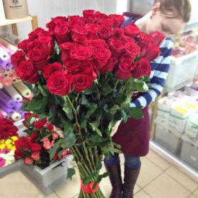 45 гигантских красных роз 160 см