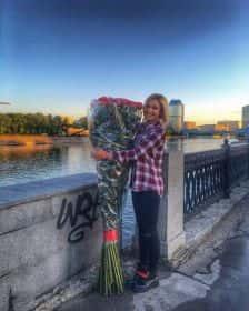 35 гигантских красных роз 170см