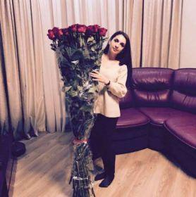 51 гигантских красных роз 190 см