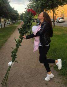 7 гигантских красных роз 190 см