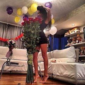 7 гигантских Красных роз 150 см