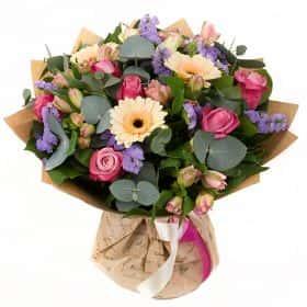 Букет с розами «Моя незнакомка»