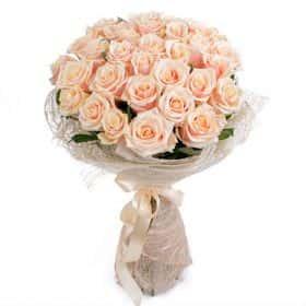 Букет из кремовых роз (31 шт.)
