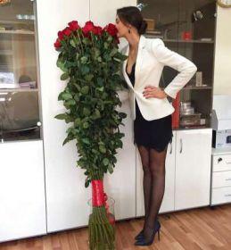 9 гигантских красных роз 190см