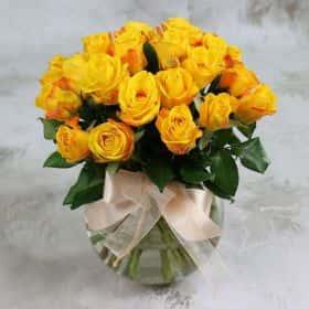 Букет из 25 желтых роз 40 см. Люкс