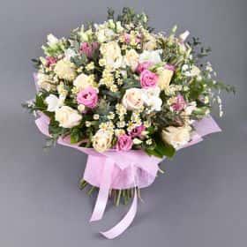 Букет «Праздник цветов»