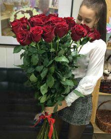 25 длинных роз 130 см
