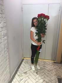 15 гигантских красных роз 170 см
