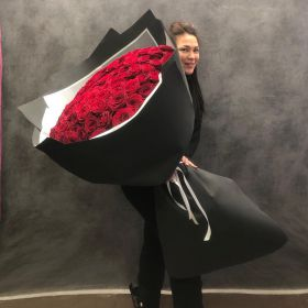 101 гигантская красная роза 170 см