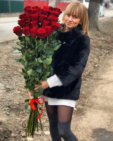21 гигантская красная роза 150см
